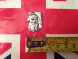 RUSSIAN PIN BADGE MANS FACE SILVER COLOUR